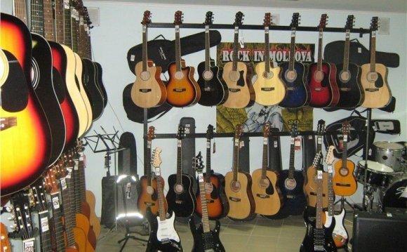Гитара новая от производителя
