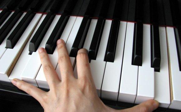 КАК научиться играть на